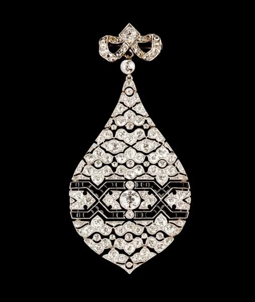 Art Deco diamond and onyx pendant.jpg Image