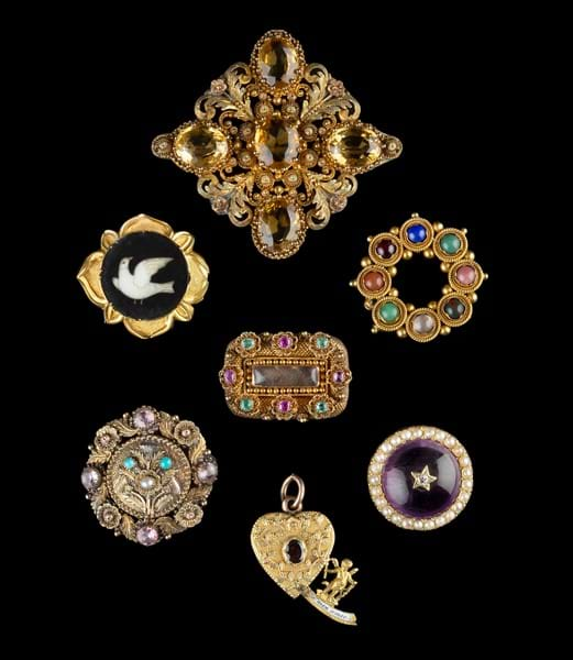 A selection of Georgian and later jewels.jpg Image